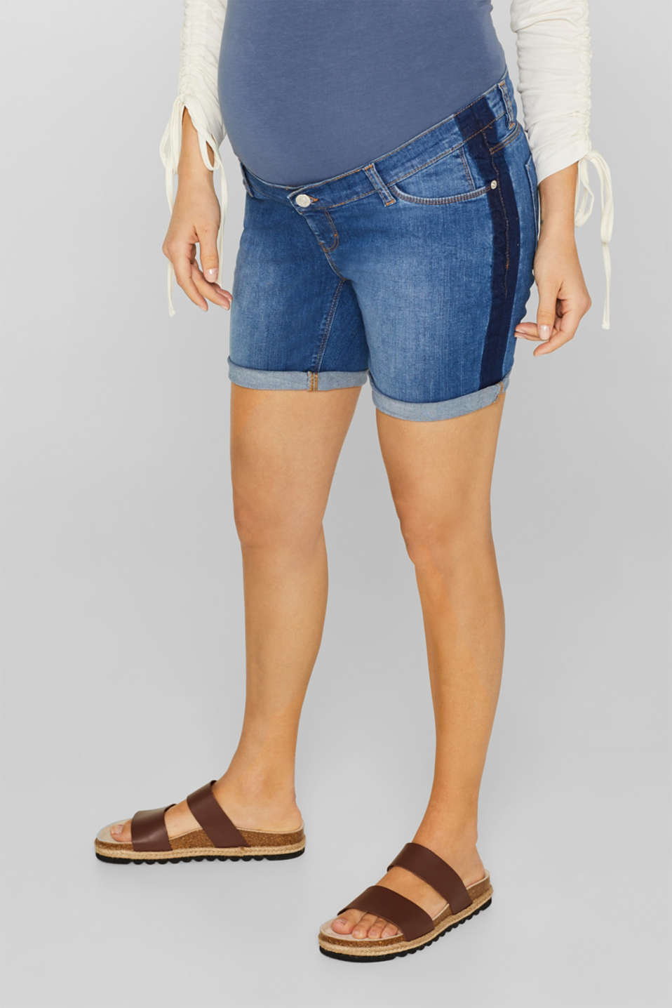 Esprit - Stretch denim shorts with an over-bump waistband