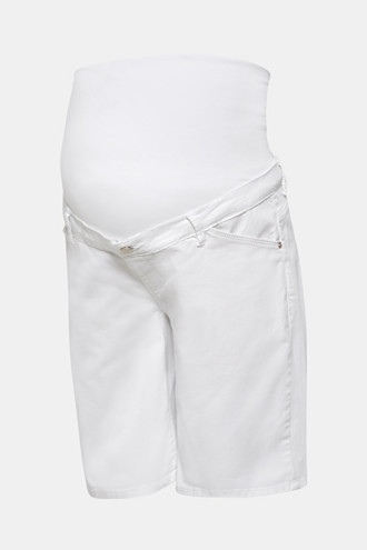 Chino shorts with an under-bump waistband