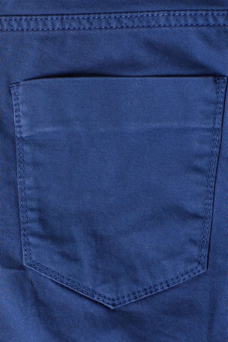 Chino shorts with an under-bump waistband, LCDARK BLUE, detail image number 1