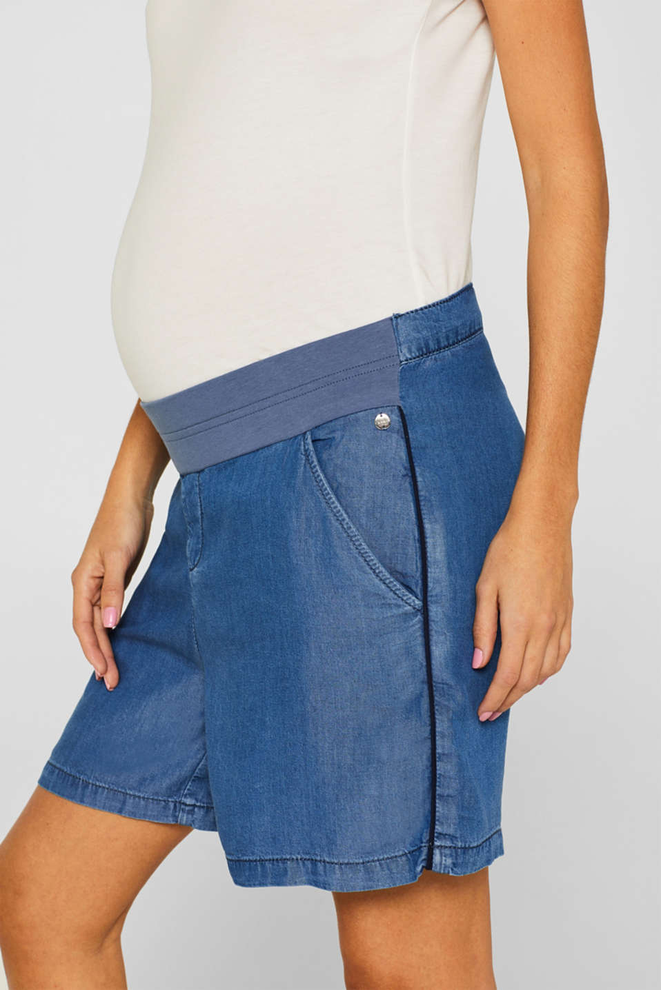 Denim-effect shorts, 100% lyocell, LCLIGHT BLUE, detail image number 2