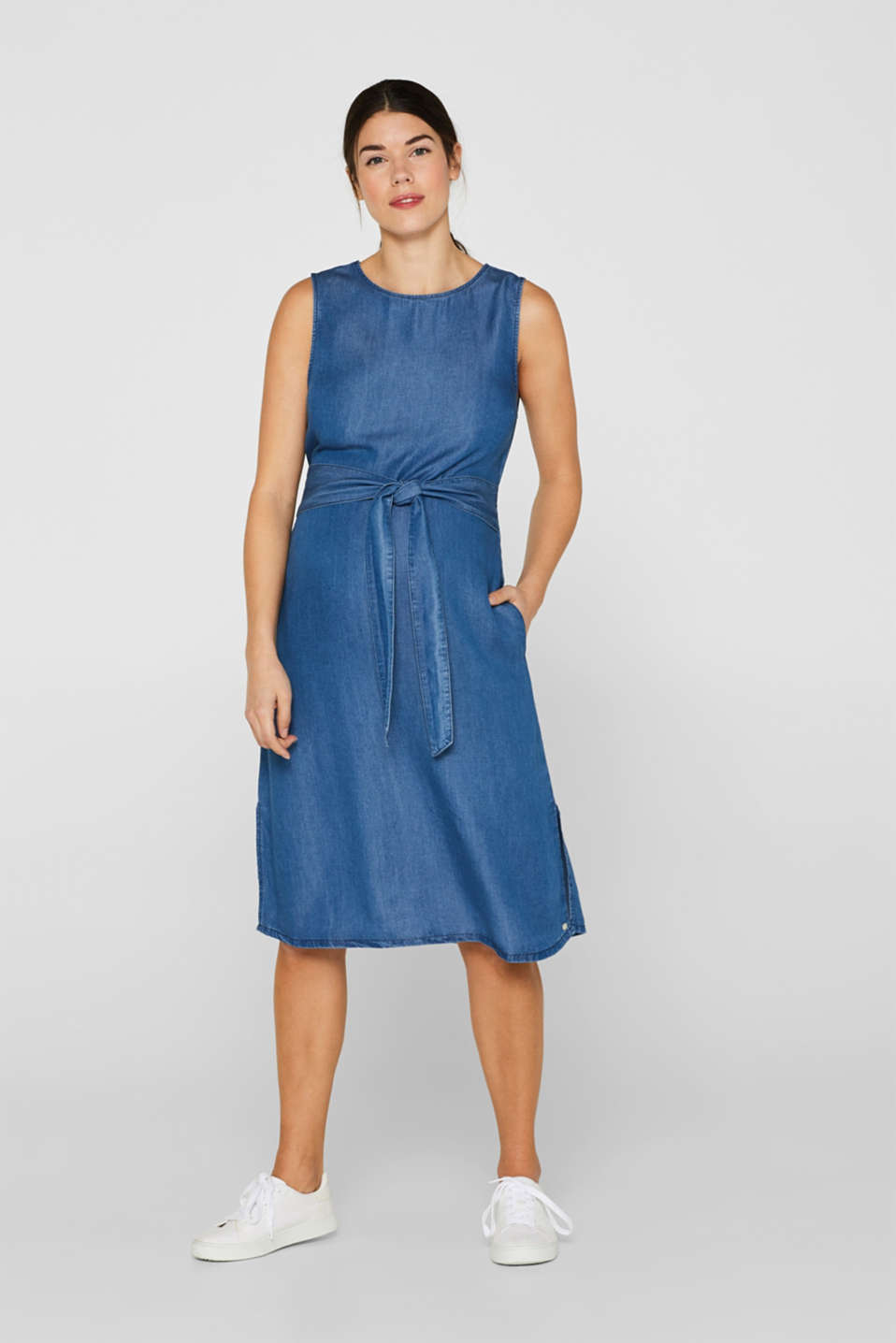 Denim dress with a belt, 100% lyocell, LCLIGHT BLUE, detail image number 1