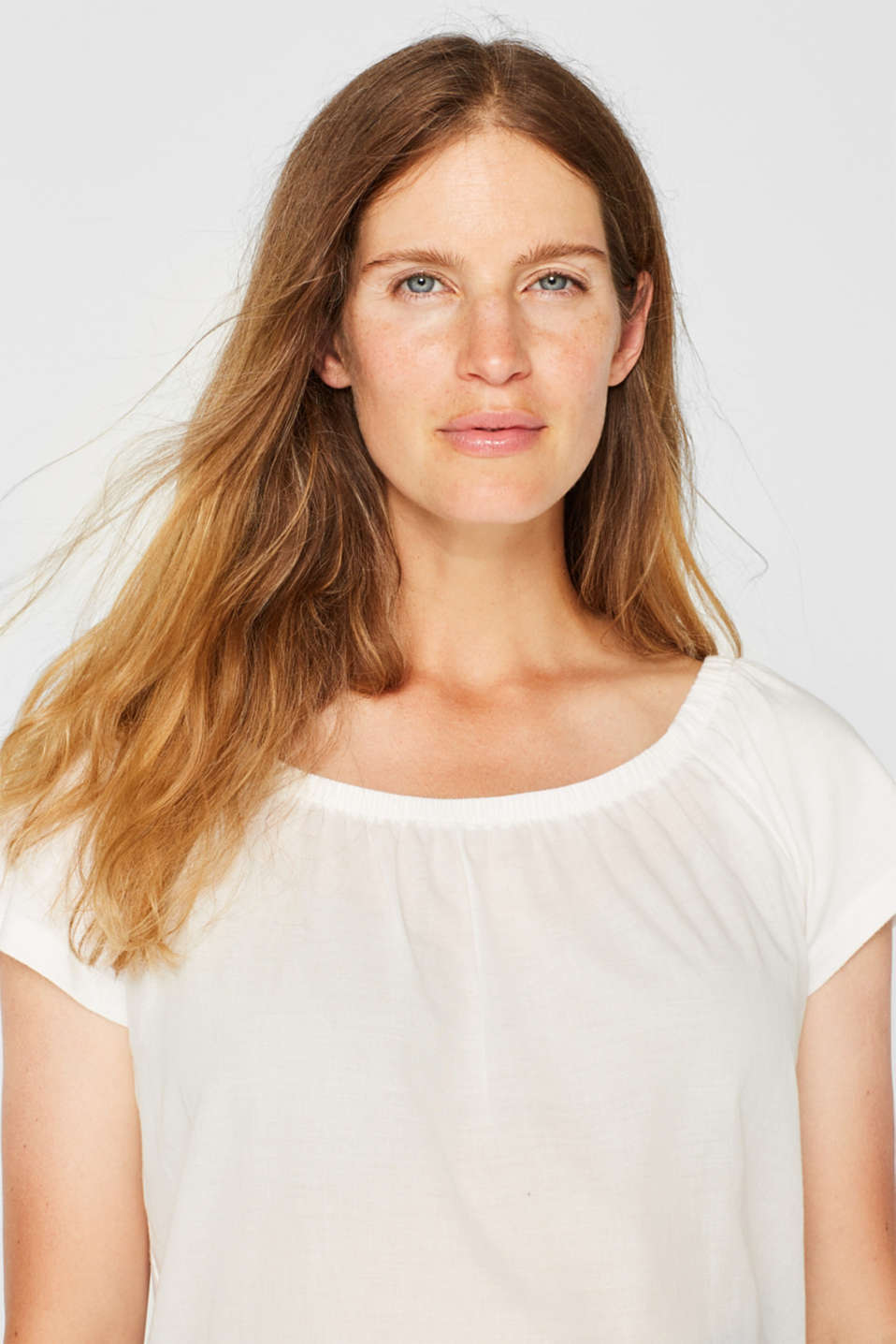 Off-the-shoulder tee with broderie anglaise, LCOFF WHITE, detail image number 0