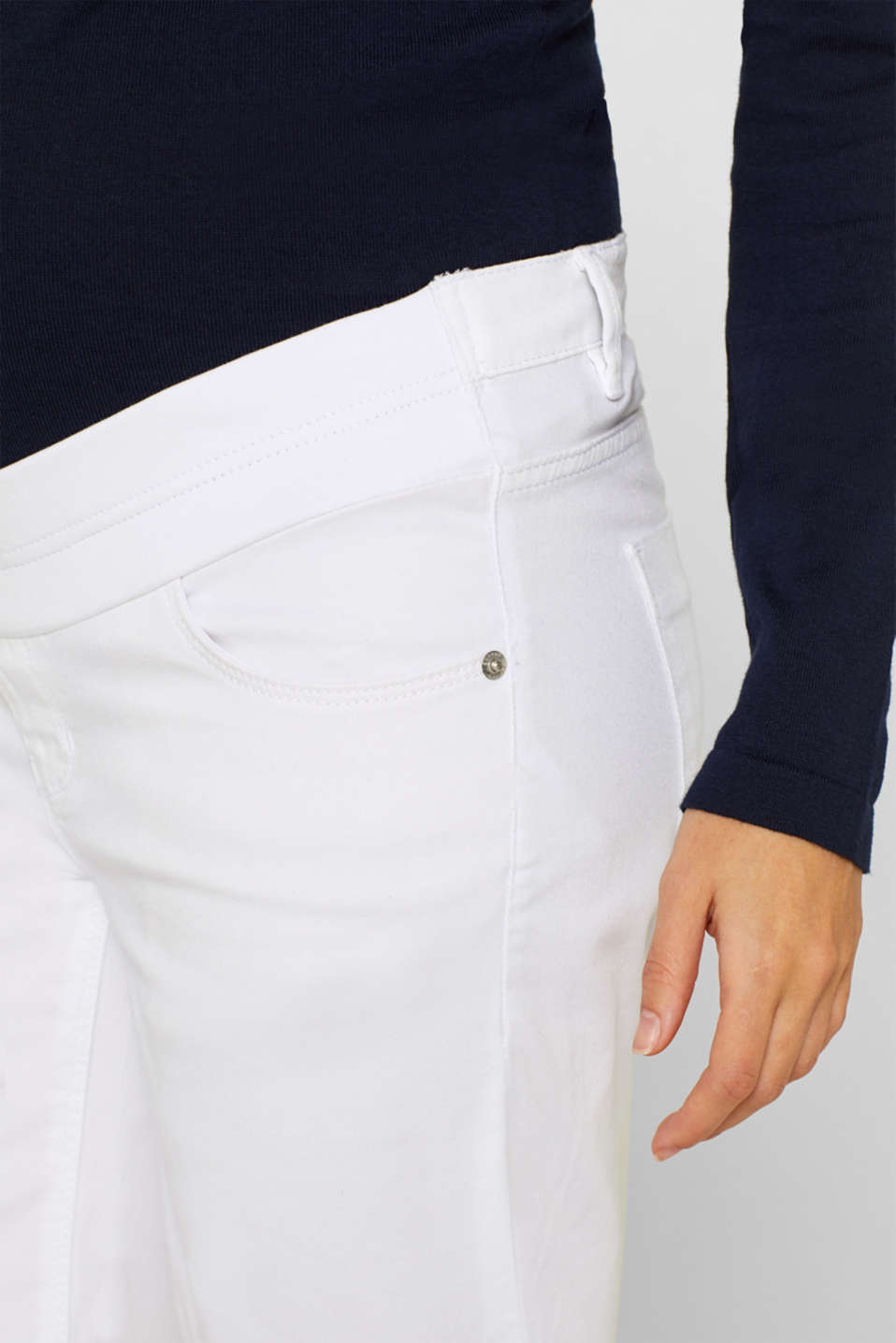 Stretch cotton shorts with an under-bump waistband, LCWHITE, detail image number 2