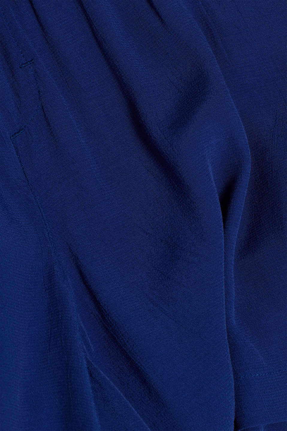 Crêpe shorts with a tie-around belt and under-bump waistband, LCDARK BLUE, detail image number 4