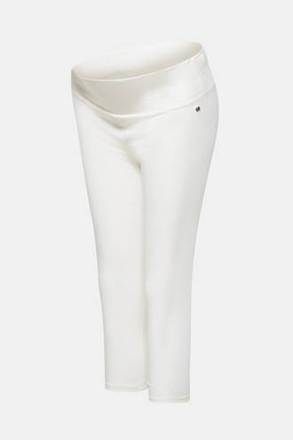 Capri leggings with a supporting, below-bump waistband