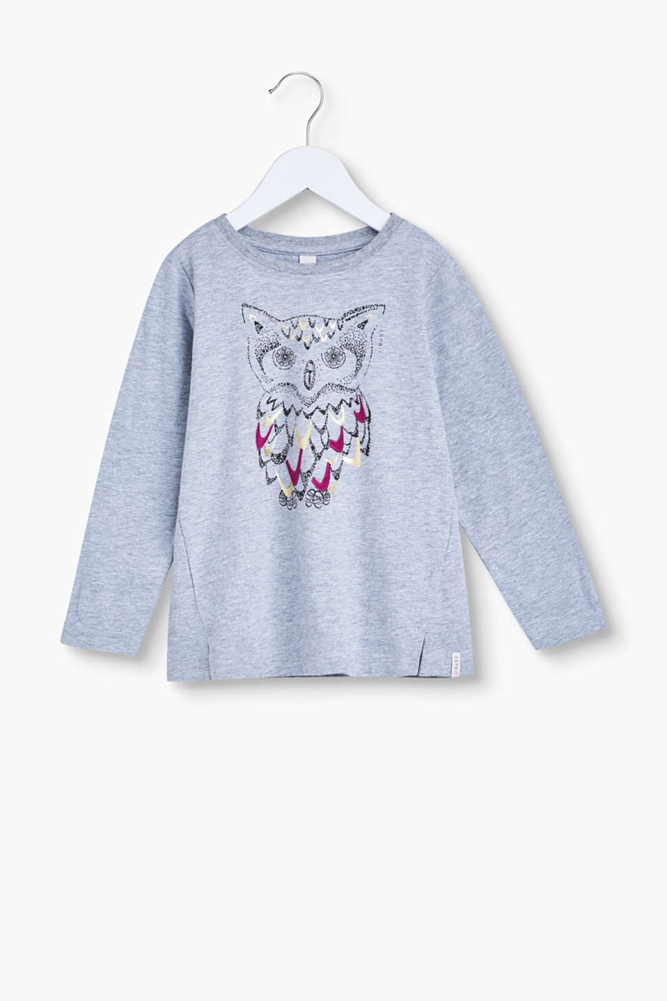Gorgeously glittery! This soft cotton long sleeve top is a pretty, eye-catching piece thanks to its shimmery owl print.