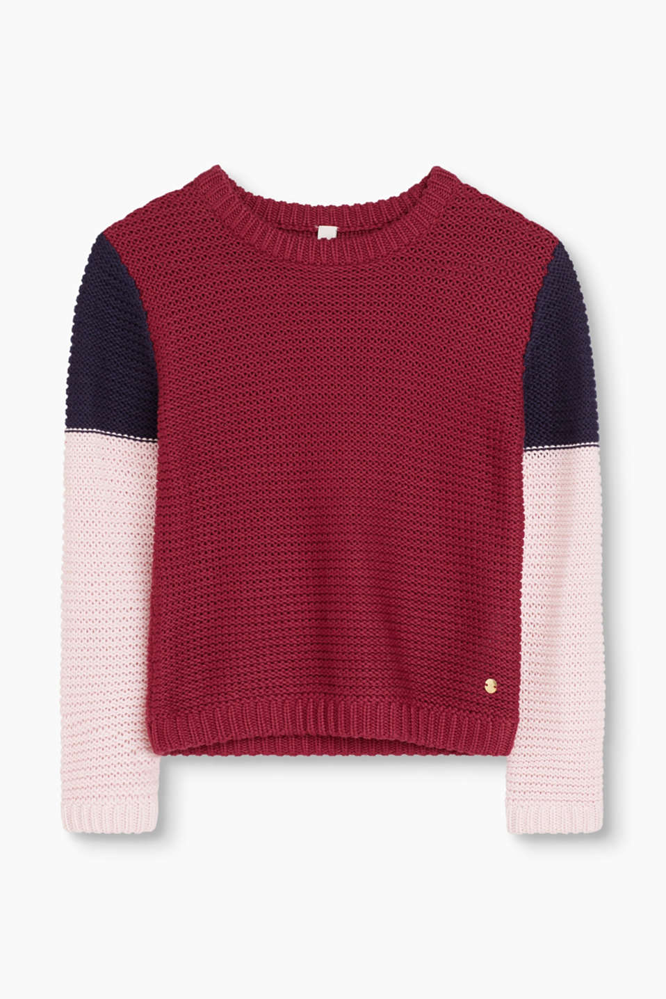 We love knitwear! This knit jumper features colour block stripes at the sleeves