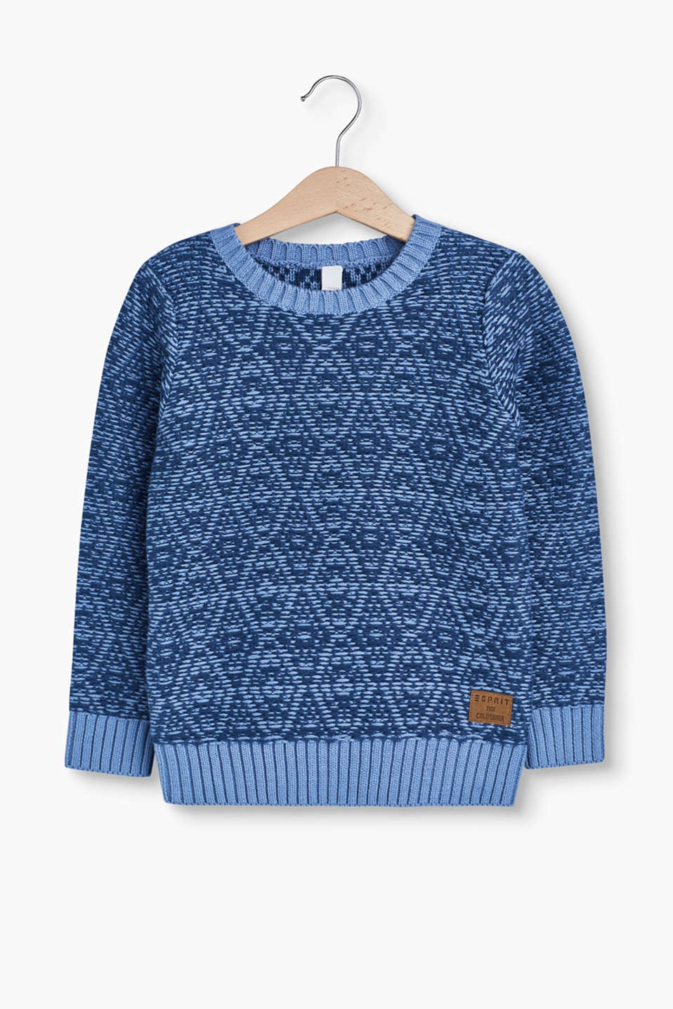 This jumper made of insulating cotton knit yarn with a diamond pattern is a cosy piece.