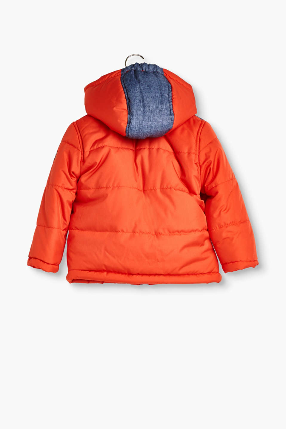 Padded jacket with a detachable hood