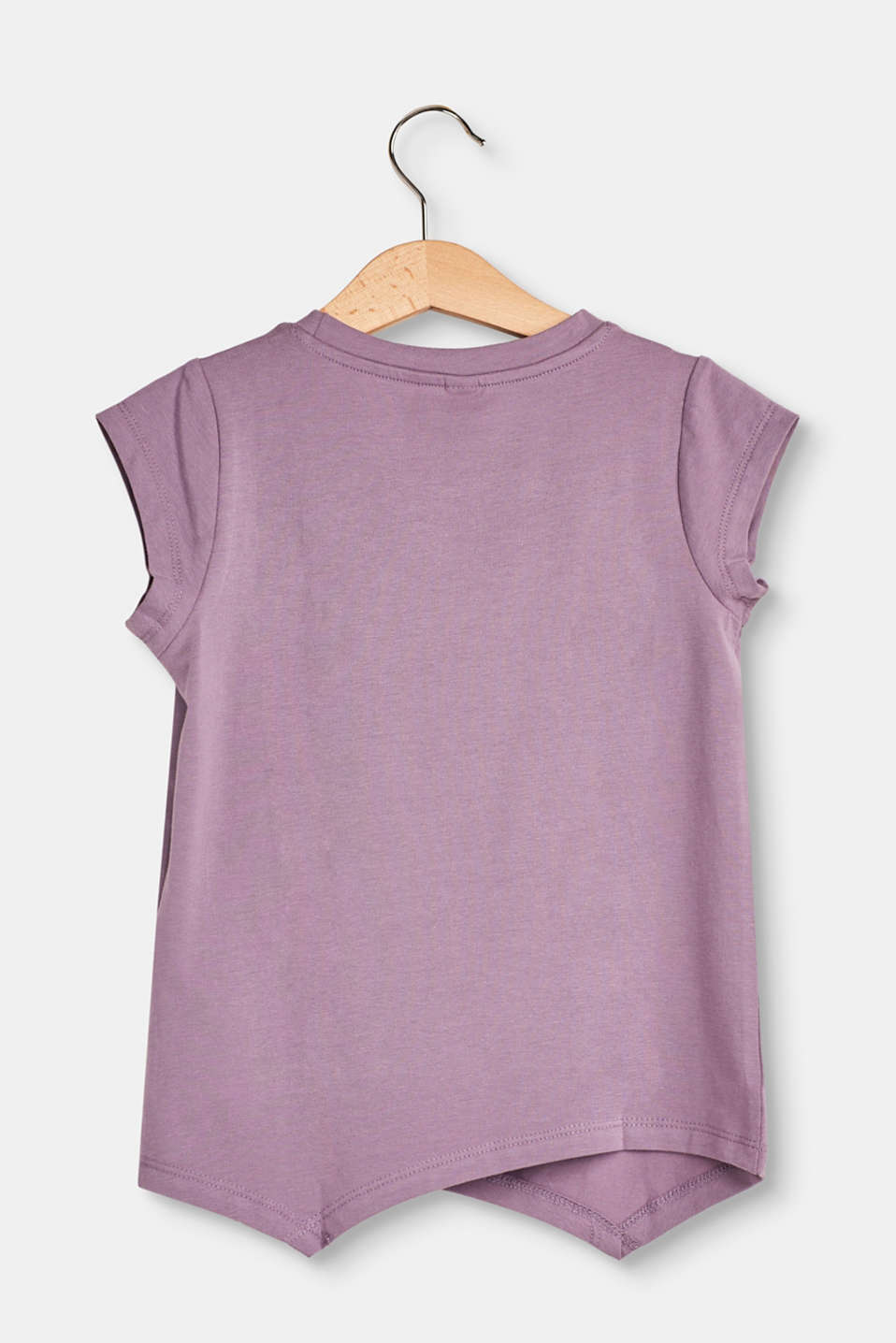 Soft T-shirt with a pocket and handkerchief hems