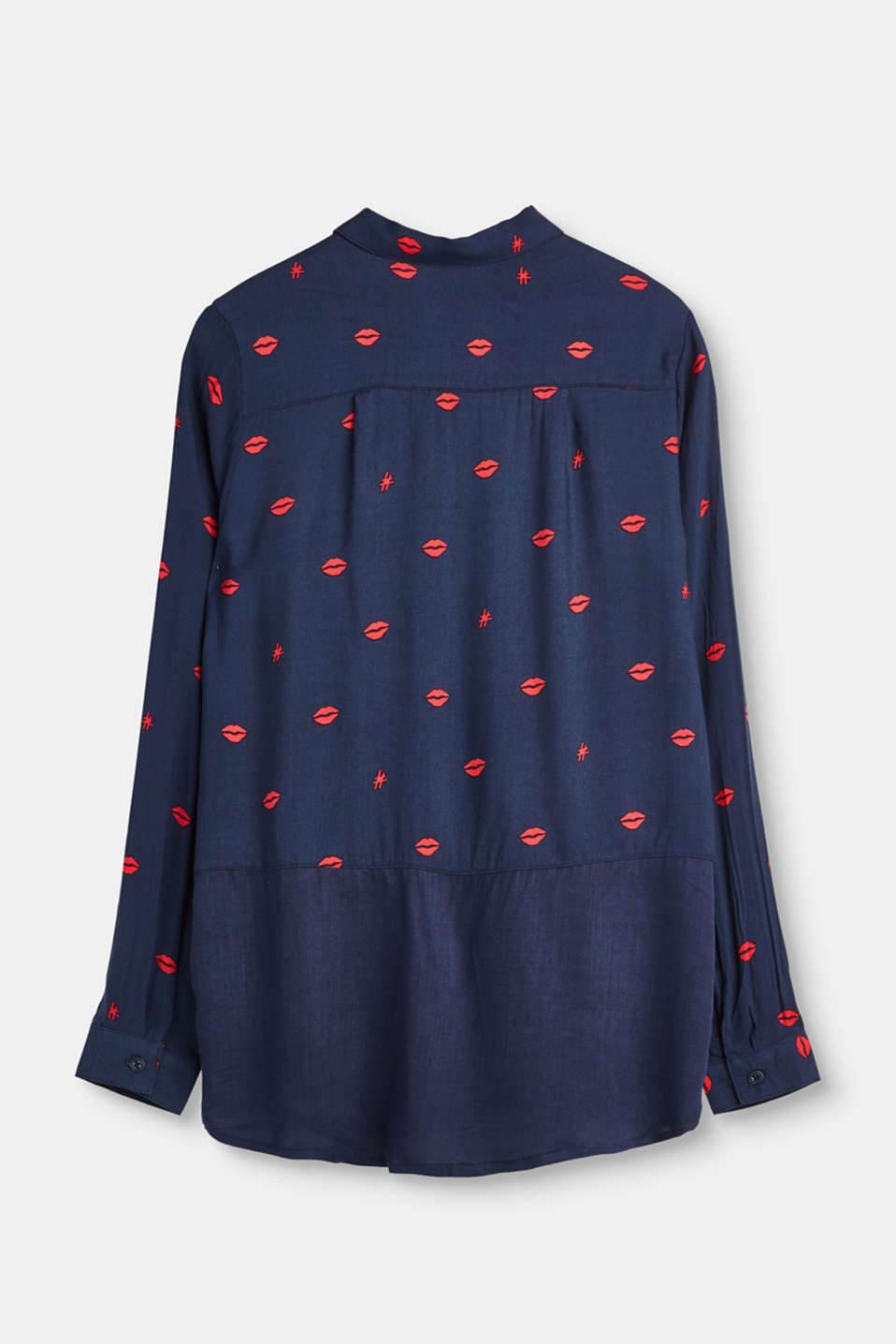 Lightweight blouse with a lip print