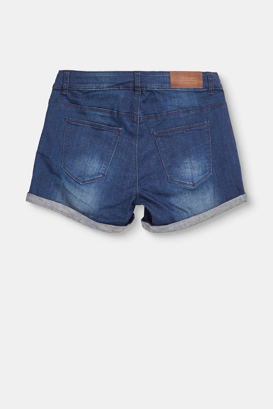 Ultra stretchy denim shorts with a vintage garment wash