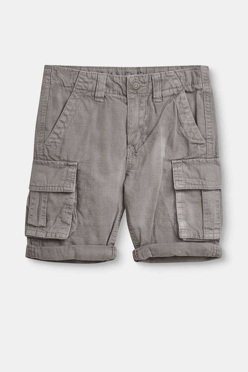 Great, comfy basic for summer: soft bermuda shorts with large cargo pockets.