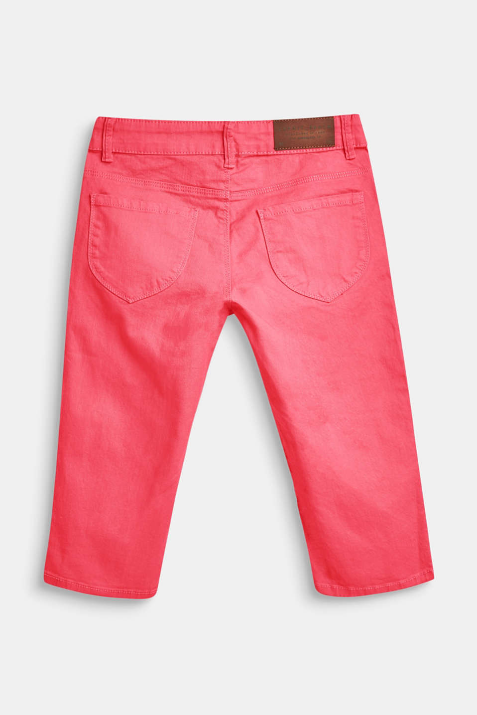 Coloured stretch jeans in a Capri length