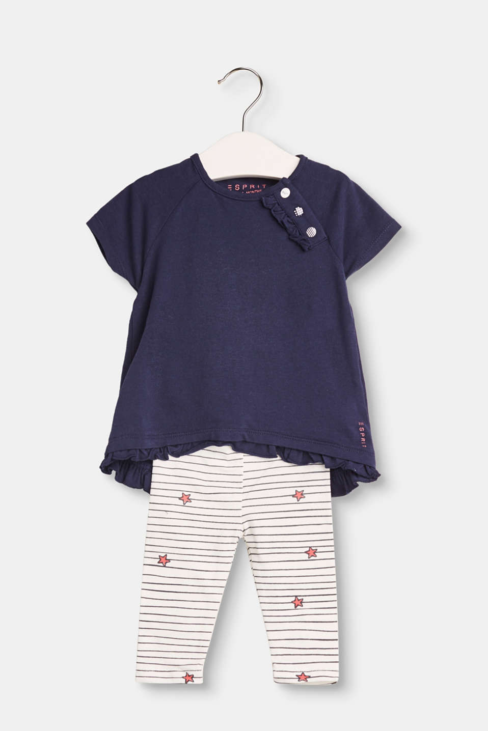 Little kids look super cute and cool with this set of T-shirt and leggings with a fancy stripe and star print.