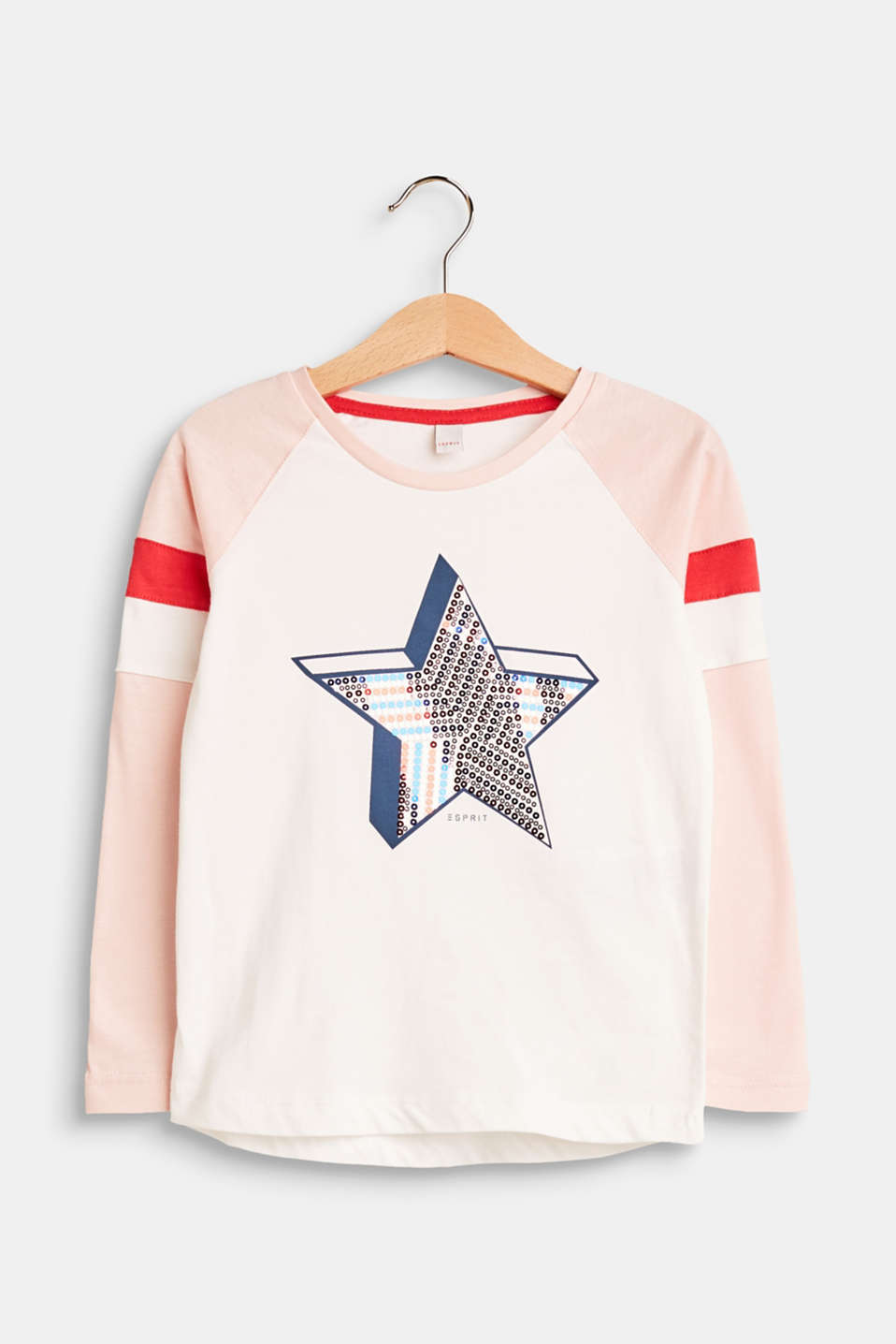 Say it with sequins! This sporty jersey long sleeve top with raglan sleeves gets a glamorous update thanks to the cool appliquéd stars!