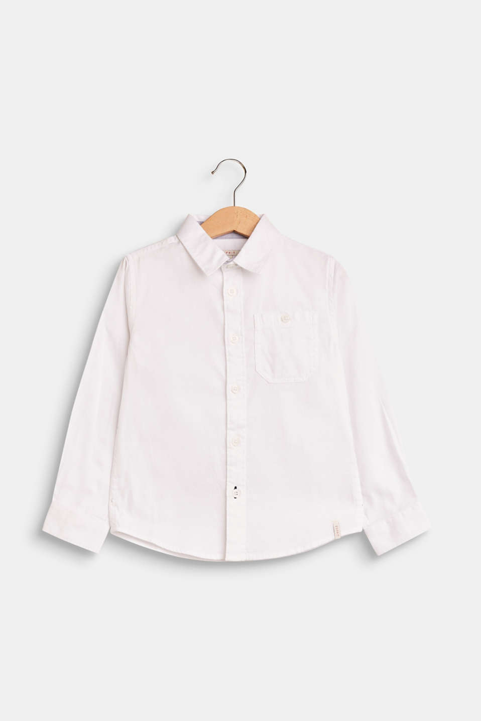 Can be styled to look casual or chic: pure cotton shirt with a fine texture and a patch breast pocket!