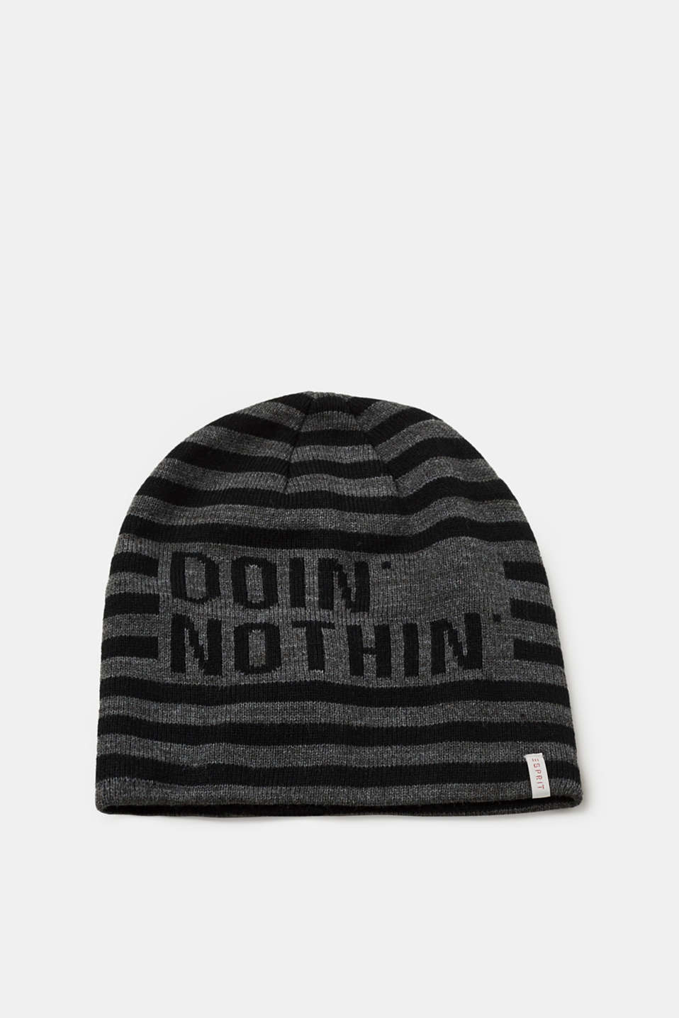 Esprit - Beanie with stripes and a statement