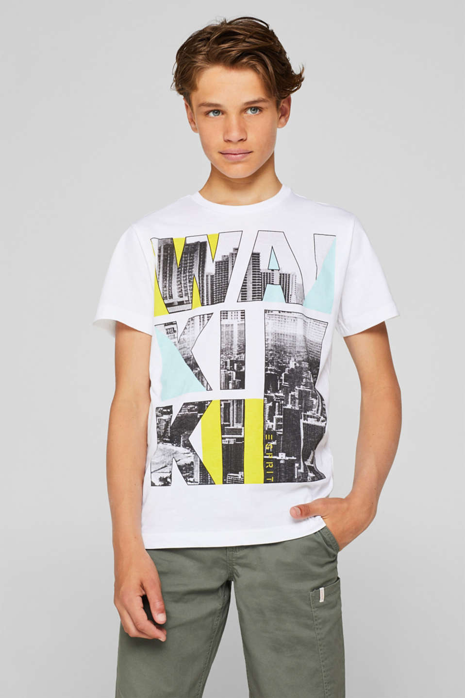 Top with a photo print made of 100% cotton