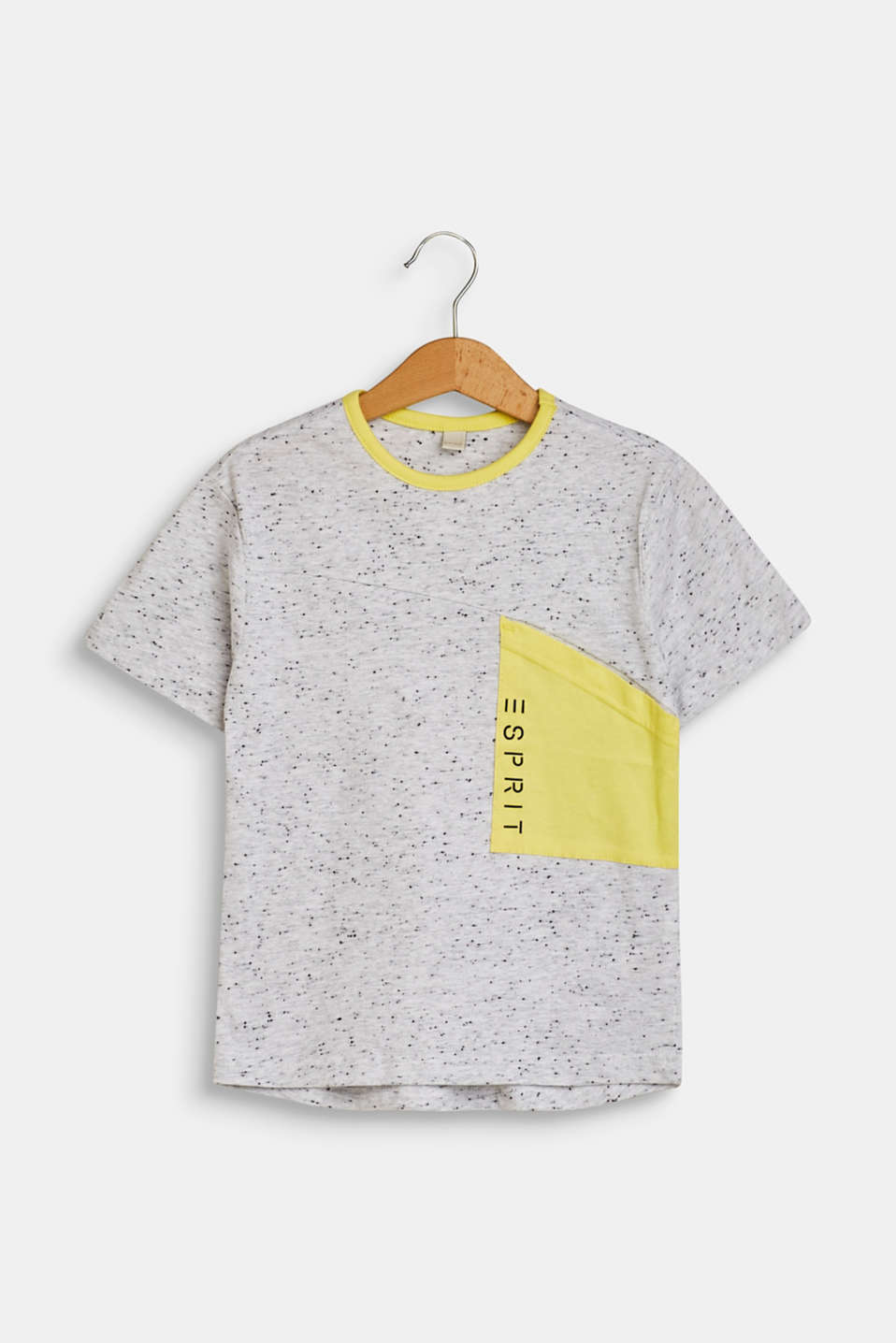 T-shirt with a patch breast pocket
