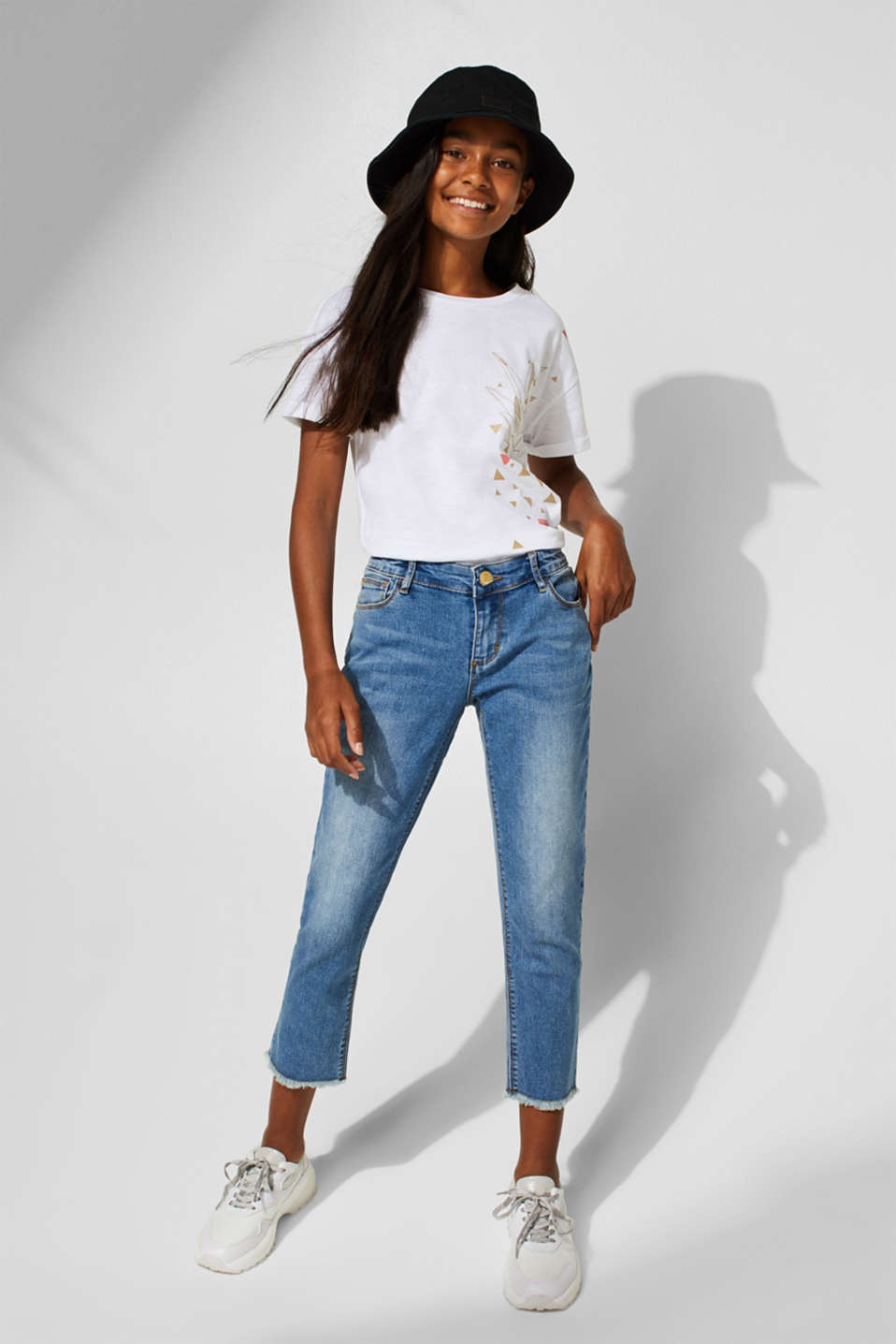 Stretch capri jeans with frayed hems, LCMEDIUM WASH DE, detail image number 2