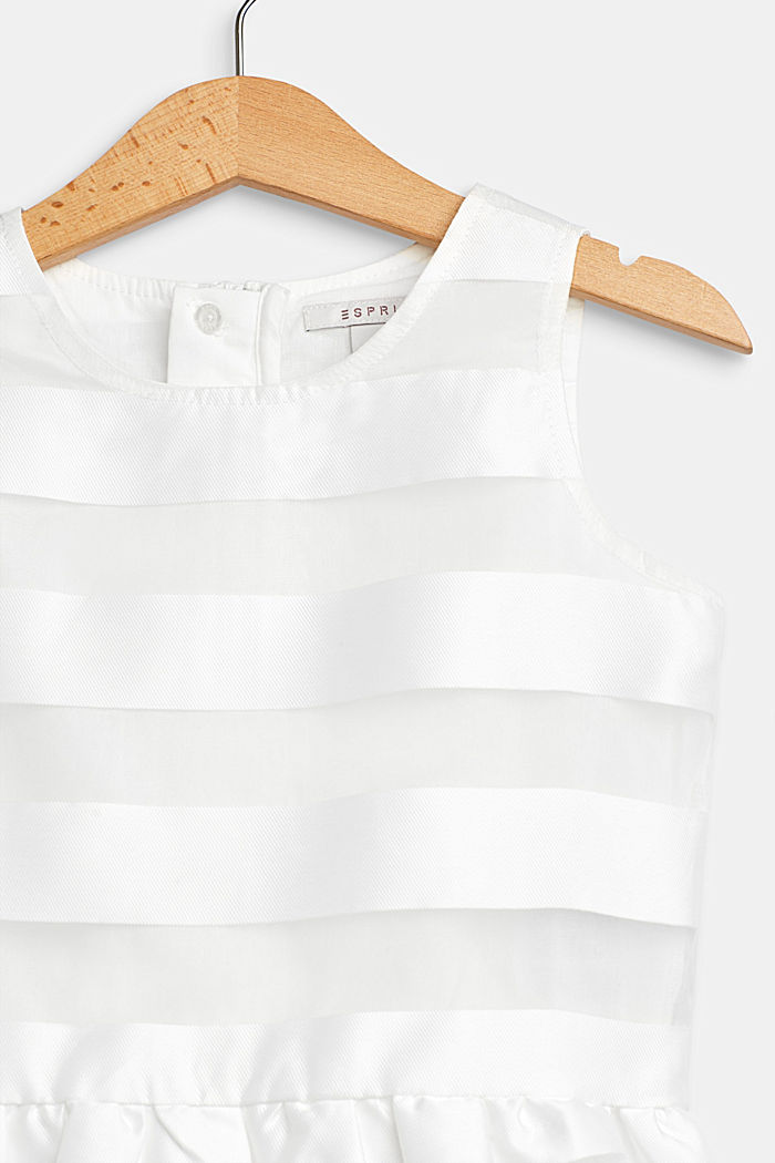 Formal dress with shiny stripes