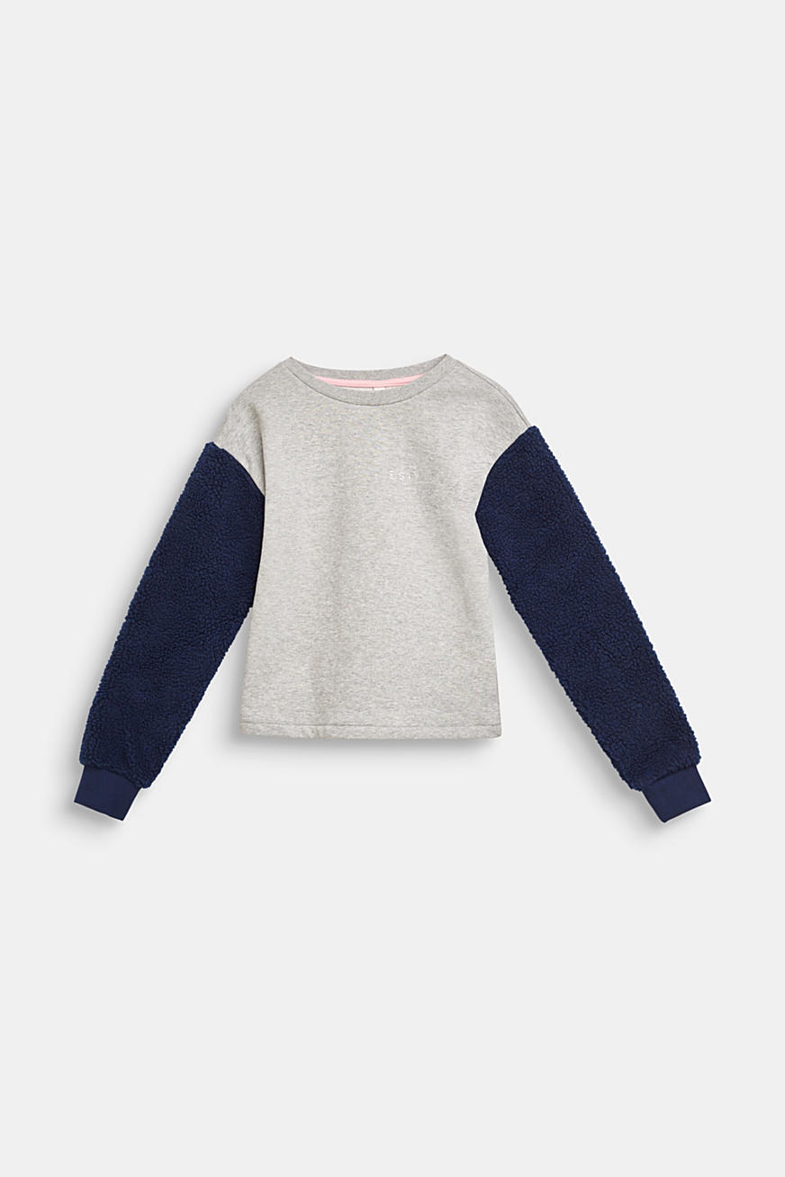 Sweatshirt with teddy fur sleeves