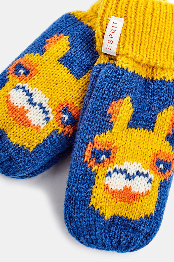 Mittens with a llama motif