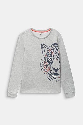 Sweatshirt with a leopard print
