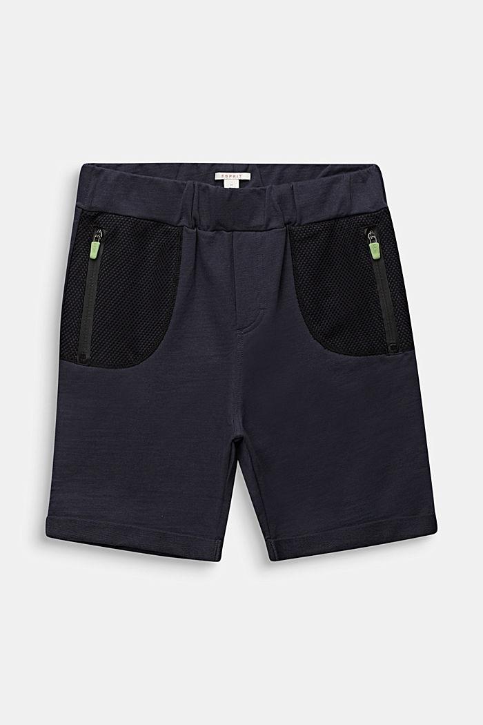 Sweatshirt shorts with mesh inserts