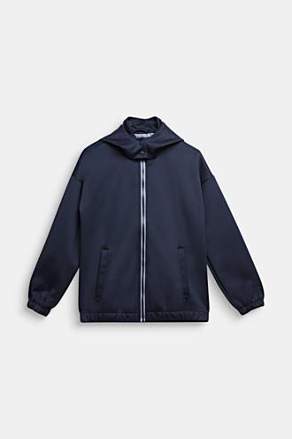 Softshell jacket with a hood