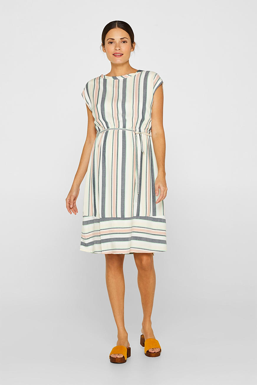 Dress with a modern stripe pattern