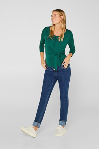 Recycled stretch jeans with an under-bump waistband