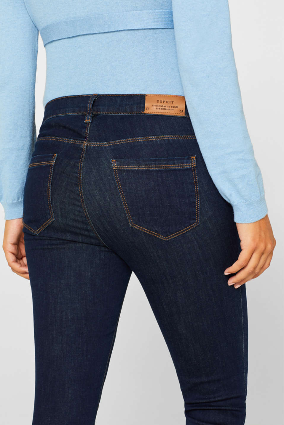 Stretch jeggings with an under-bump waistband, LCDARKWASH, detail image number 5