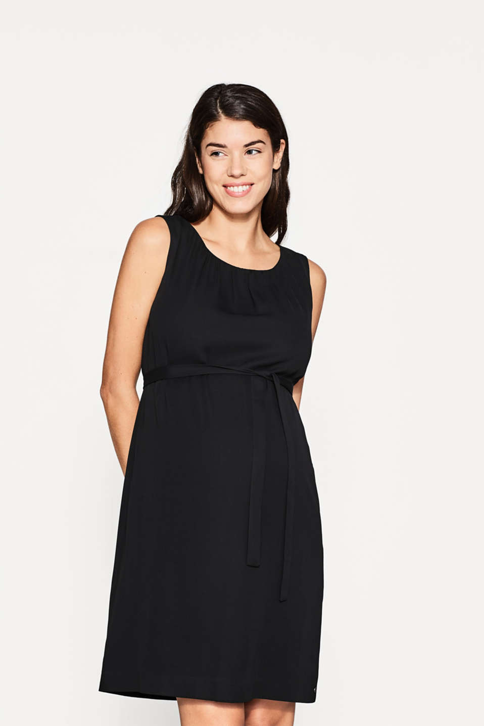 Esprit - Flowing dress with a pleated neckline